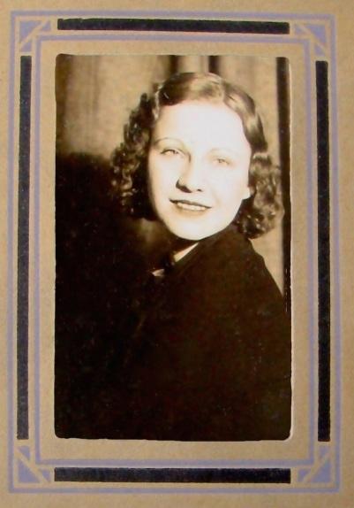 Gramma 1932-sm