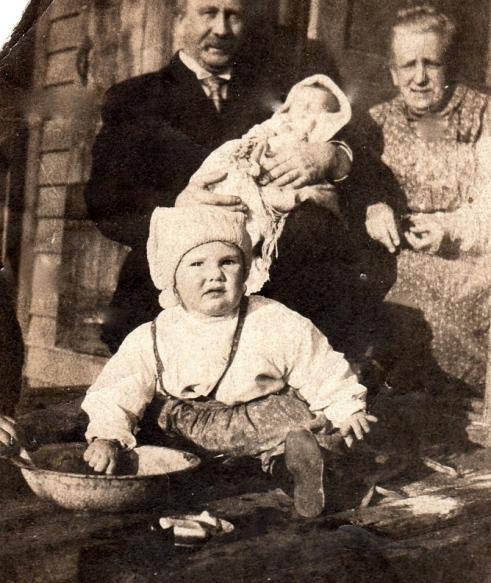 Grandkids - O'Neill - 1908