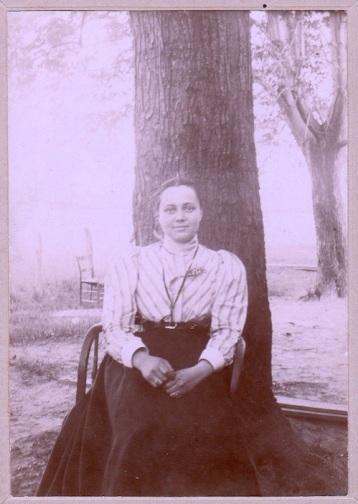 HERMANS Jessie - May 1899 crop-sm