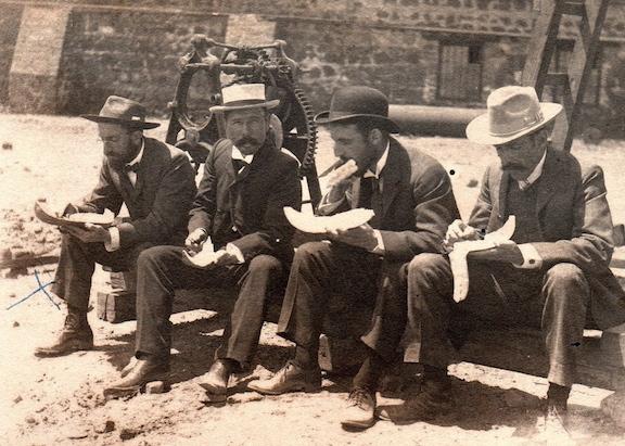 Papaya Break - Concepcion - c. 1904
