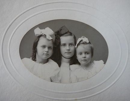 WOOD, Madeleine, Anita and Helen c1908